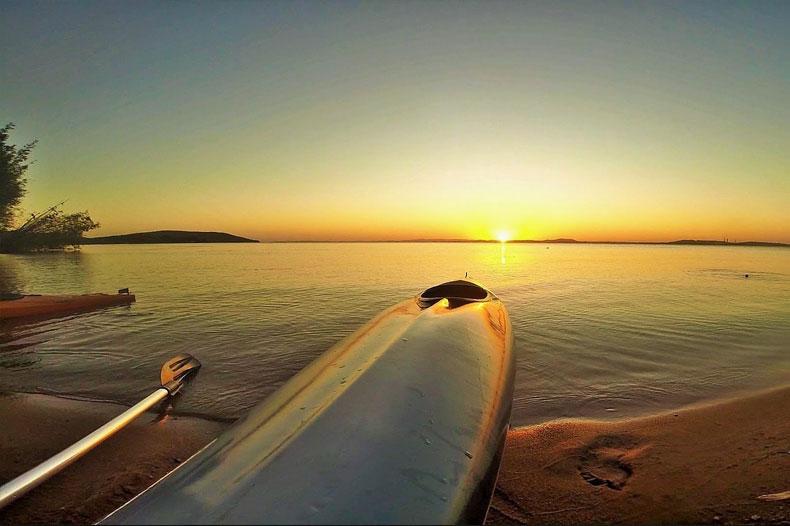 Coucher du soleil en Kayak en Grande-Terre