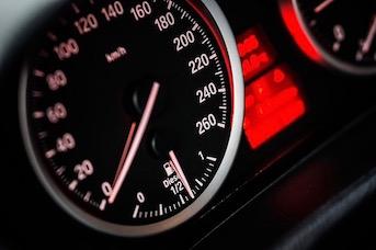 Rendre sa voiture de location Martinique avec le plein d'essence