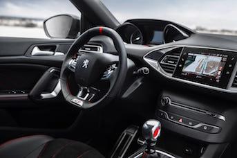 Réservez une Peugeot 308 au meilleur prix dans une agence de location