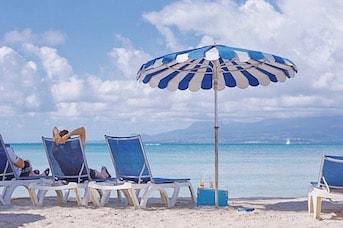 Plage sous le soleil de la Martinique